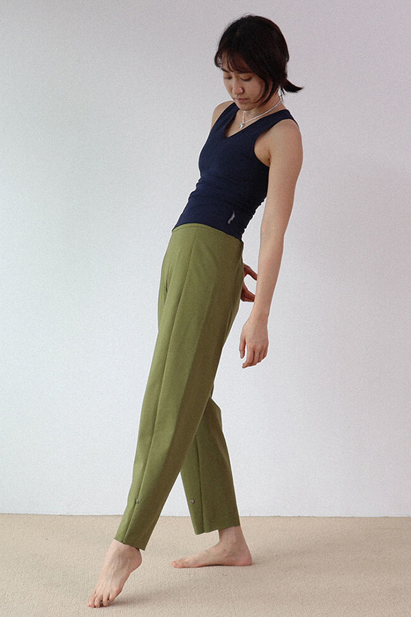 Button Point pants-Olive